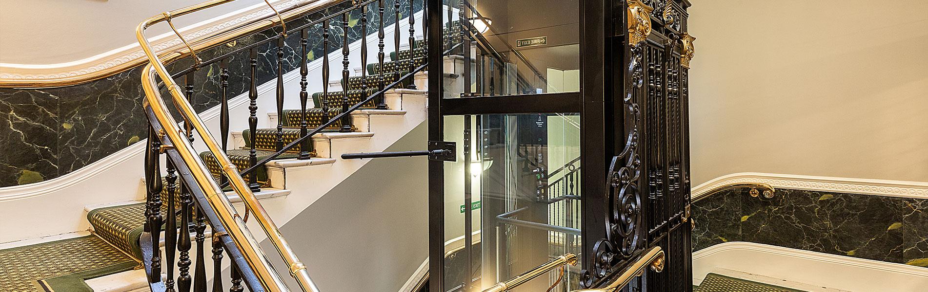 Sustitución de ascensores en Logroño