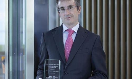 Vicente Pacheco, galardonado con el premio Alex MacDonald